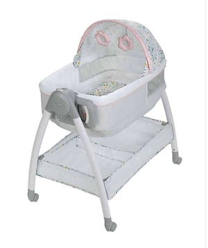 Graco® Dream Suite™ Bassinet in Tasha (2in1- Bassinet and changing table) for Sale in Las Vegas, NV