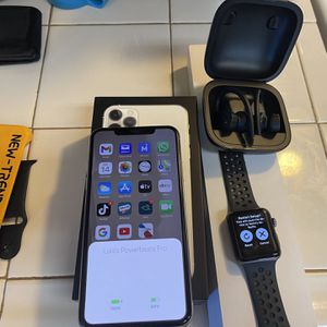 iPhone 11 Pro Max Wt Apple Watch And Powerbeats Pro for Sale in North Tustin, CA