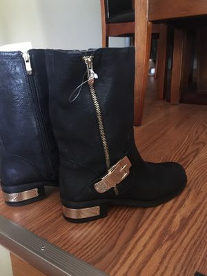 Nice spring boots .Vince Camuto. size 8 M price $80 for Sale in Philadelphia, PA