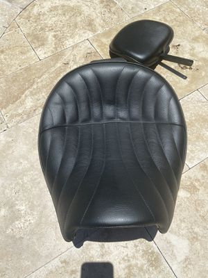 Corbin saddle and backrest for Triumph Thunderbird. Excellent condition. for Sale in Cooper City, FL
