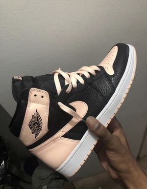 Worn once Jordan 1 crimson tint sz 11 $170 or best offer willing to negotiate for Sale in Arlington, VA