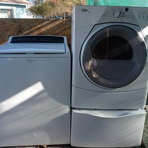 Whirlpool Washer And Electric Dryer for Sale in Chandler, AZ