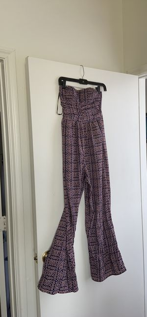 Patterned jumpsuit for Sale in Scotland, TX
