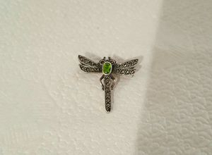 Brand New 1.1x1.0 Inch .925 Solid Sterling Silver Periodot Crystal Dragonfly Pin (Brooch). for Sale in Pawtucket, RI