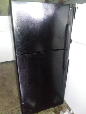 Black GE Deluxe for Sale in Washington, MD