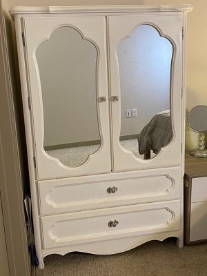White Wooden Cabinet for Sale in Denver, CO