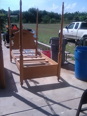 Solid Wood Twin Canopy Bed With Mattress' $100 today Only. for Sale in Loxahatchee, FL