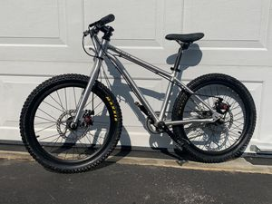 """Kids mountain bike, Early Rider Belter Trail 20"""" for Sale in Saint Charles, MD"""