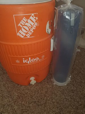 Igloo water cooler for Sale in North Las Vegas, NV