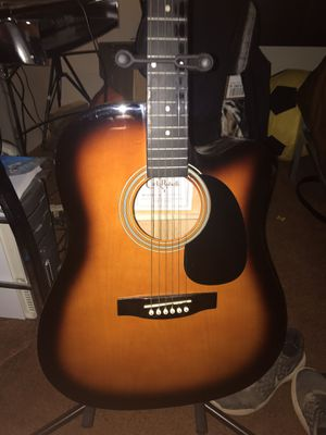 6 string guitar for Sale in Fontana, CA