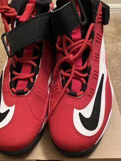 """Nike Air Griffey Max 1 - """"Cincinnati Red"""" ( Men's Size 10) for Sale in Atlanta,  GA"""