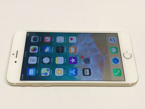Unlocked IPhone 6 Plus 64gb Gold Works With Any Sim. Att, T-Mobile, Cricket, metro pcs, Verizon, sprint and Overseas. Works with any sim. Comes w for Sale in San Francisco, CA