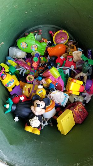 Well Over 125 Kids Meal Toys for Sale in Osteen, FL