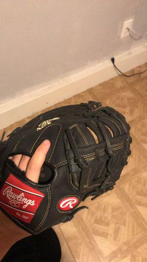 Baseball glove for Sale in Oklahoma City, OK