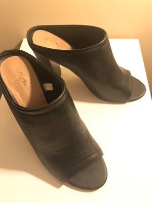 Women's heels size 8 1/2 for Sale in Lexington, KY