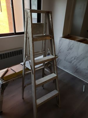 Ladders for Sale in Walton Hills, OH