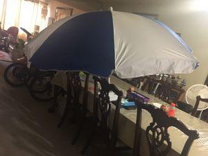 Beach umbrella good condition brand new for Sale in West Palm Beach, FL