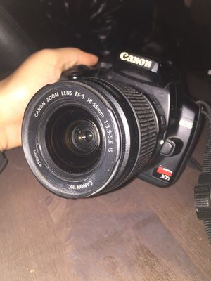 Canon rebel xti, lenses, and batteries for Sale in Houston, TX