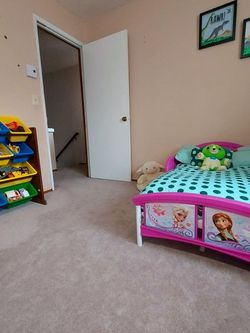 Disney Frozen Bed, From DELTA for Sale in Woodinville,  WA