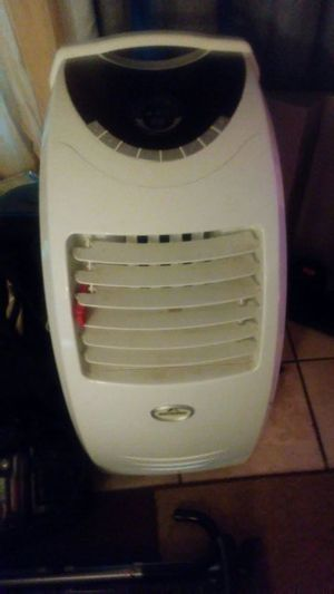 Portable ac unit first 30.00 for Sale in Nashville, TN
