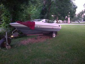 Bayliner boat. for Sale in Youngstown, OH