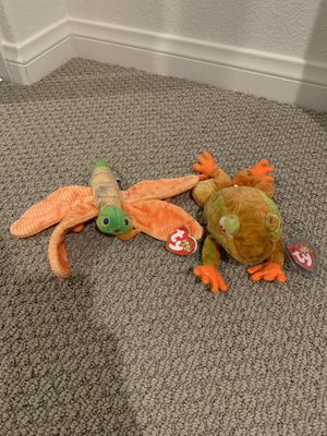 "Ty beanie babies ""prince"" the frog and ""glow"" the dragonfly for Sale in Menifee, CA"