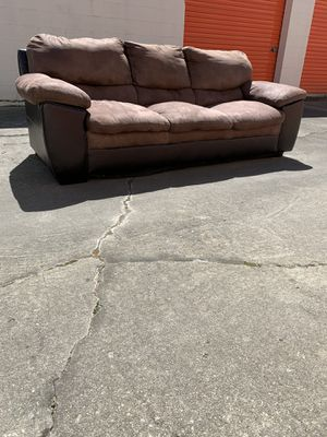 Brown leather sofa for Sale in Columbia, SC