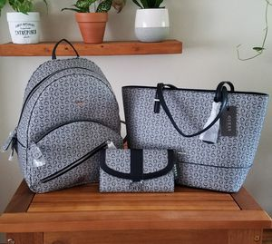 GUESS Tote Purse Backpack Wallet Bundle for Sale in Encinitas, CA