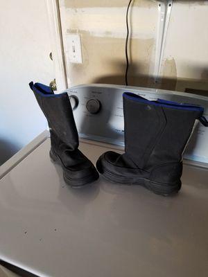 Kids snow boots size 1 for Sale in Phoenix, AZ