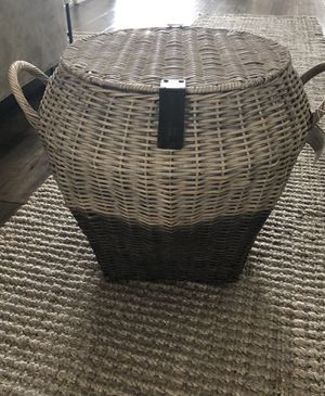 Pottery Barn - Large Gray dip-dye basket for Sale in Los Angeles, CA