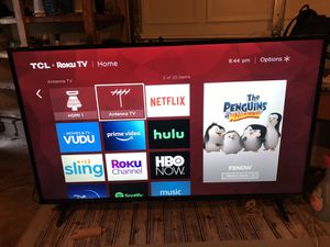 50' TCL 4K TV with Roku Remote for Sale in Indianapolis, IN