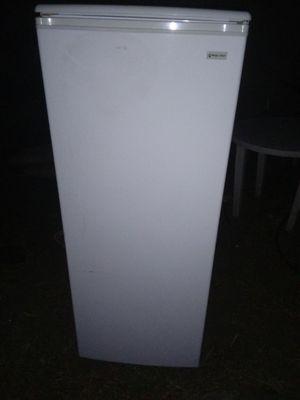 Refrigerator for Sale in Lake Elsinore, CA