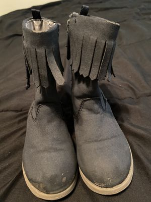 Toddler girl boots sz7c for Sale in Fresno, CA