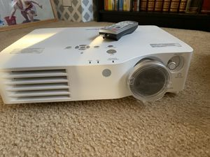 Screen Projector for Sale in Boynton Beach, FL