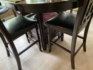 Five piece dining set with storage for Sale in Blacklick, OH