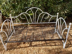Day bed, no mattress for Sale in Rescue, CA