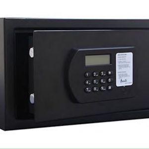 Avanti Safe .88 CF 25 Liters Black Interior Light Electronic Lock Caja Fuerte Con Luz Interior Código Electrónico HRS88N1B for Sale in Miami, FL