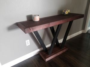 Entry table/end table for Sale in El Cajon, CA