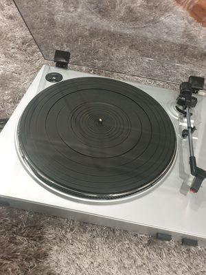 NEW!!!ION USB TURNTABLE WITH SOFTWARE $35 for Sale in Hickory Creek, TX