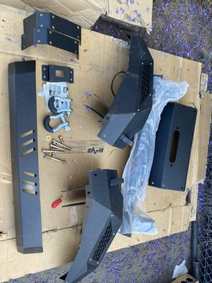 Toyota Tacoma Front Bumper 05-15 for Sale in Riverside, CA