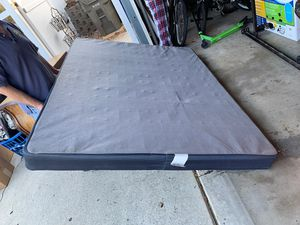 """Queen BedFrame and Shallow 5"""" Box Spring and Metal Frame for Sale in San Marcos, CA"""
