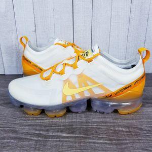 2019 Nike Vapormax White/Gold/Orange AR6632-102 Women's 9.5 / Men's 8 for Sale in NEW PRT RCHY, FL