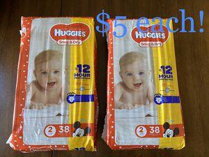 Huggies Snug & Dry Diapers, Size 2 for Sale in North Las Vegas, NV