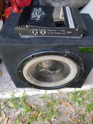 subwoofers and amp for Sale in Orlando, FL
