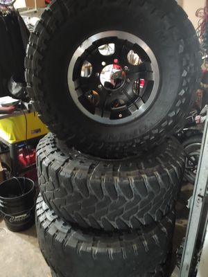 Chevy 8 lug 6.5 wheels and tires. for Sale in Marysville, WA