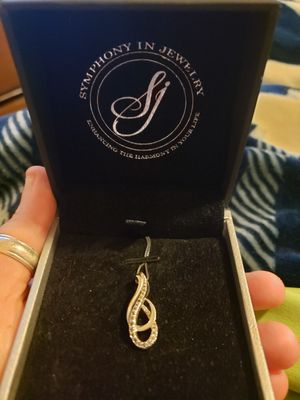 Diamond Treble Clif Necklace for Sale in Irving, TX