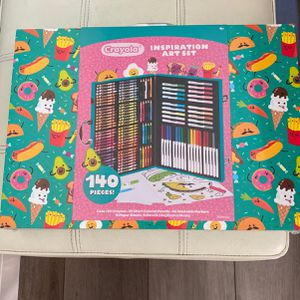 Crayola Inspiration Art Set With Case 140 Pieces for Sale in San Jose, CA