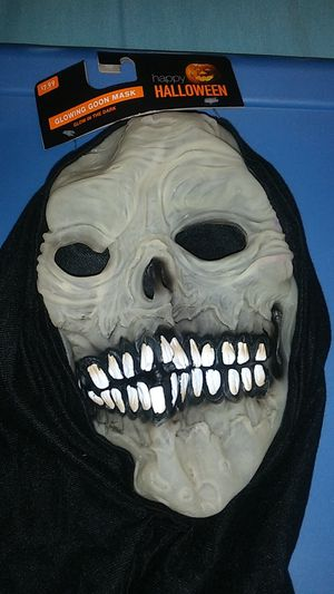 HALLOWEEN GLOWING GOON MASK $5 for Sale in Covina, CA