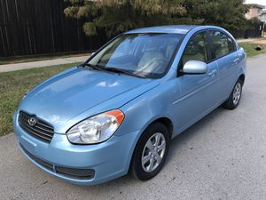 2010 Hyundai accents for Sale in Houston, TX