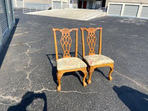 (SET) Two dining room chairs with floral pattern seat for Sale in Denver, CO